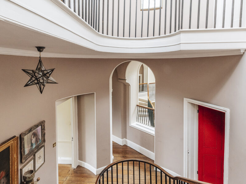 28004 - Worlingham Hall - 2nd Staircase (1)