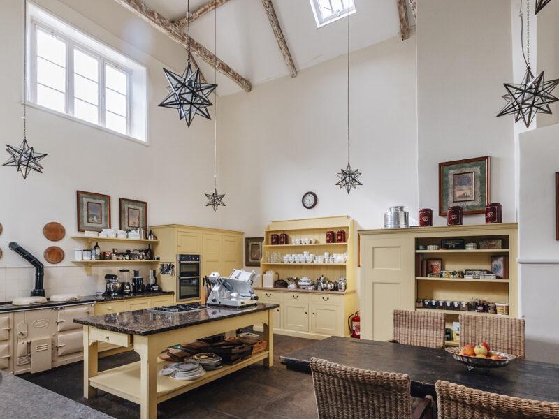 28004 - Worlingham Hall - Kitchen (1)